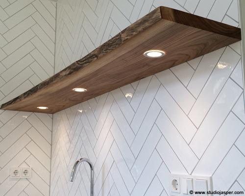 Wandplank keuken unique wandplank met stalen dragers planken image